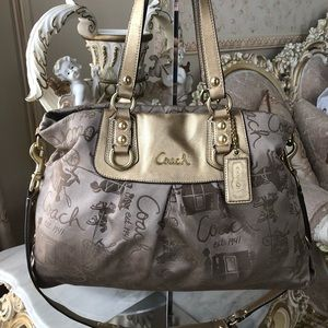 • COACH HORSE & CARRIAGE CARRYALL •